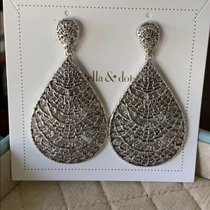 Thea Lace Chandelier Earrings